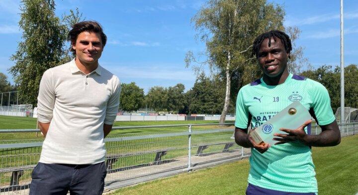 Eredivisie Speler-, Johan Cruijff Talent- en Eredivisie XI van de maand augustus zijn bekend