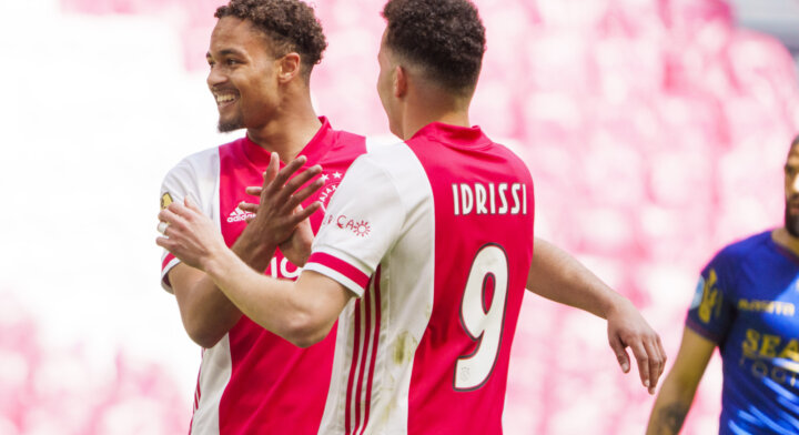 Ajax provides most players for Eredivisie team of the month