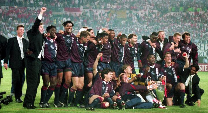 In beeld: Kluivert bezorgt Ajax Champions League