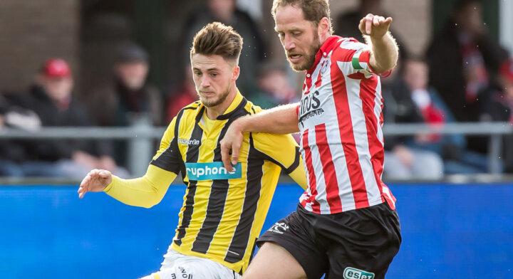 Ricky van Wolfswinkel maakt rentree in de Eredivisie bij FC Twente
